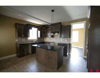 """Photo 4: 46213 KERMODE Crescent in Sardis: Promontory House for sale in """"BEAR CREEK"""" : MLS®# H2900411"""