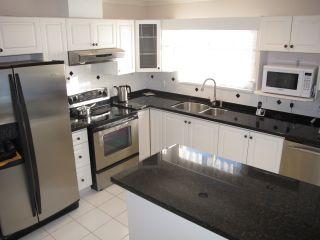 Photo 7: 12131 221 Street in Maple Ridge: West Central 1/2 Duplex for sale : MLS®# R2339405