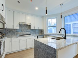 Photo 3: 1370 E 10TH Avenue in Vancouver: Grandview Woodland 1/2 Duplex for sale (Vancouver East)  : MLS®# R2533596