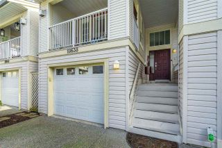 """Photo 3: 18638 65 Avenue in Surrey: Cloverdale BC Townhouse for sale in """"Ridgeway"""" (Cloverdale)  : MLS®# R2537328"""