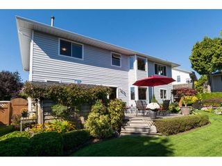 "Photo 19: 15564 VISTA Drive: White Rock House for sale in ""Vista Hills"" (South Surrey White Rock)  : MLS®# R2407067"