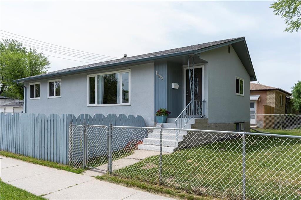 Main Photo: 1509 Madeline Street in Winnipeg: West Transcona Residential for sale (3L)  : MLS®# 202013904