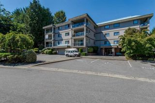 Photo 2: 112 33090 George Ferguson Way in Abbotsford: Central Abbotsford Condo for sale : MLS®# R2123498