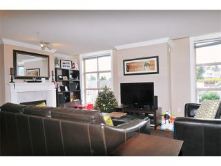 """Photo 3: 29 2378 RINDALL Avenue in Port Coquitlam: Central Pt Coquitlam Condo for sale in """"BRITTANY PARK"""" : MLS®# V922637"""