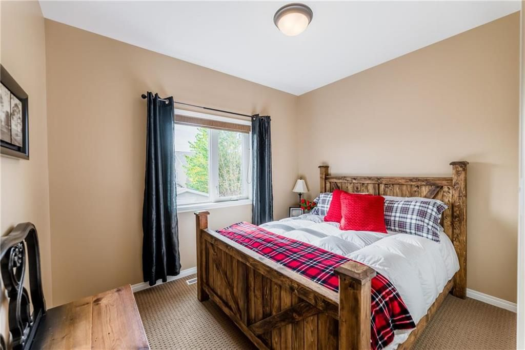 Photo 19: Photos: 18 JUNIPER Avenue in Steinbach: Southwood Residential for sale (R16)  : MLS®# 202024800
