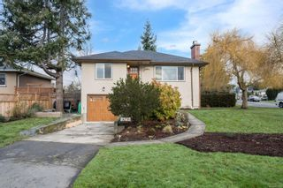 Photo 2: 1698 North Dairy Rd in : SE Camosun House for sale (Saanich East)  : MLS®# 863926