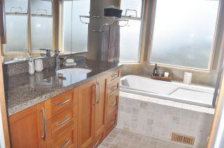 Photo 12: 2470 KENSINGTON Crescent in Port Coquitlam: Citadel PQ House for sale : MLS®# R2452914