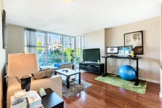 Photo 5: 505 193 AQUARIUS Mews in Vancouver: Yaletown Condo for sale (Vancouver West)  : MLS®# R2510156