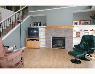"Photo 4: 22750 HOLYROOD Avenue in Maple_Ridge: East Central House for sale in ""GREYSTONE"" (Maple Ridge)  : MLS®# V672223"