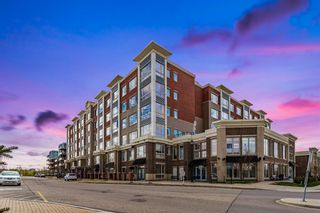 Photo 2: 214 35 INGLEWOOD Park SE in Calgary: Inglewood Apartment for sale : MLS®# A1106204