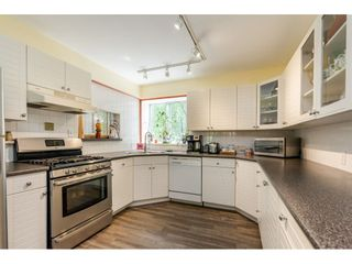 """Photo 9: 16551 10 Avenue in Surrey: King George Corridor House for sale in """"McNalley Creek"""" (South Surrey White Rock)  : MLS®# R2455888"""