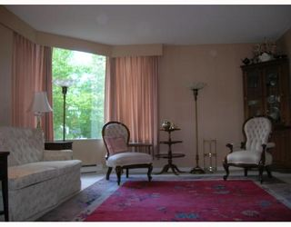 """Photo 3: 206 5790 PATTERSON Avenue in Burnaby: Metrotown Condo for sale in """"REGENT"""" (Burnaby South)  : MLS®# V665928"""