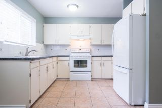 Photo 8: 2052 HIGHVIEW Place in Port Moody: College Park PM Townhouse for sale : MLS®# R2140235