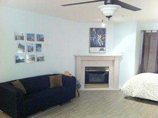 """Photo 4: 303 624 AGNES Street in New Westminster: Downtown NW Condo for sale in """"MCKENZIE STEPS"""" : MLS®# R2043792"""