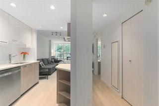 """Photo 9: 402 1050 BURRARD Street in Vancouver: Downtown VW Condo for sale in """"WALL CENTRE"""" (Vancouver West)  : MLS®# R2362675"""
