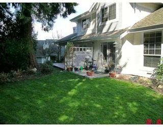 "Photo 9: 8675 WALNUT GROVE Drive in Langley: Walnut Grove Townhouse for sale in ""Cedar Creek"" : MLS®# F2707855"