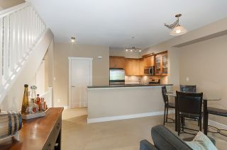 """Photo 10: 61 7388 MACPHERSON Avenue in Burnaby: Metrotown Townhouse for sale in """"ACACIA GARDENS"""" (Burnaby South)  : MLS®# R2166985"""