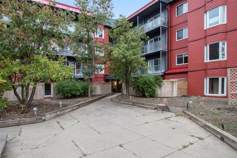 FEATURED LISTING: 318 - 333 GARRY Crescent Northeast Calgary