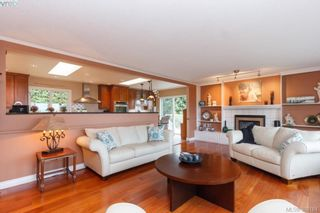 Photo 4: 8850 Moresby Park Terr in NORTH SAANICH: NS Dean Park House for sale (North Saanich)  : MLS®# 780144