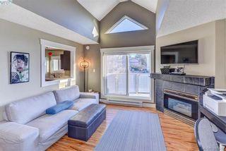 Photo 2: 402 2710 Grosvenor Rd in VICTORIA: Vi Oaklands Condo for sale (Victoria)  : MLS®# 780545