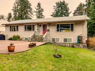 Photo 1: 569 W WINDSOR ROAD in North Vancouver: Upper Lonsdale House for sale : MLS®# R2025355