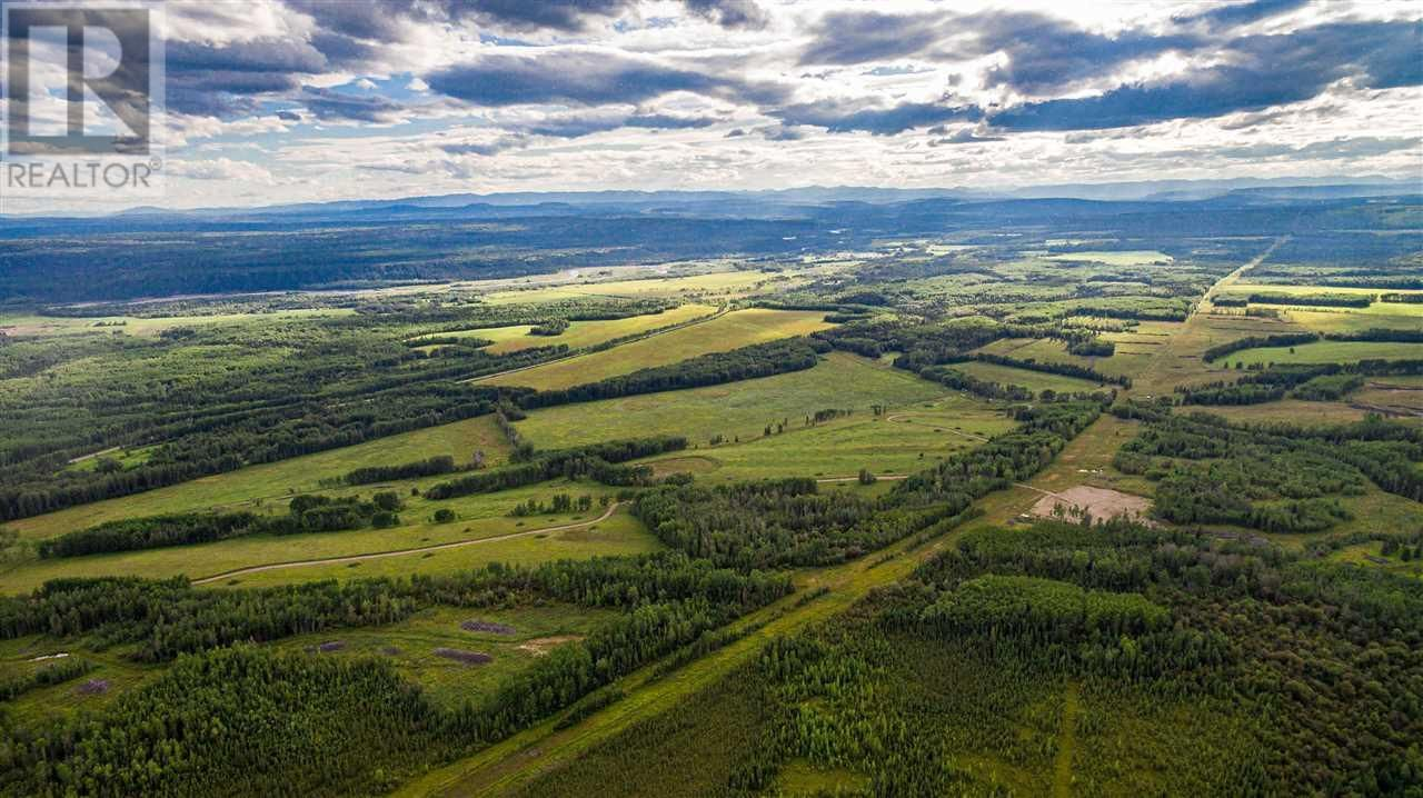 Main Photo: 20052 UPPER HALFWAY ROAD in Fort St. John (Zone 60): Agriculture for sale : MLS®# C8037586