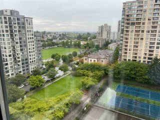 "Photo 14: 1507 5288 MELBOURNE Street in Vancouver: Collingwood VE Condo for sale in ""EMERALD PARK PLACE"" (Vancouver East)  : MLS®# R2473828"