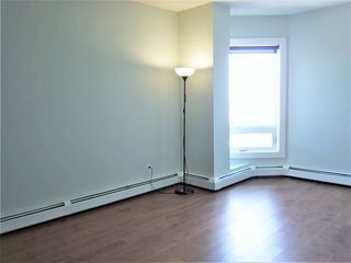 Photo 7: 2505 10152 104 Street in Edmonton: Zone 12 Condo for sale : MLS®# E4218892