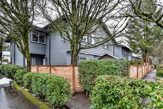 Photo 1: 962 HOWIE Avenue in Coquitlam: Central Coquitlam Townhouse for sale : MLS®# R2243466