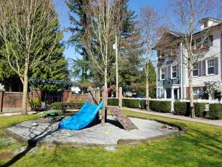 """Photo 12: 44 2495 DAVIES Avenue in Port Coquitlam: Central Pt Coquitlam Townhouse for sale in """"ARBOUR"""" : MLS®# R2561858"""