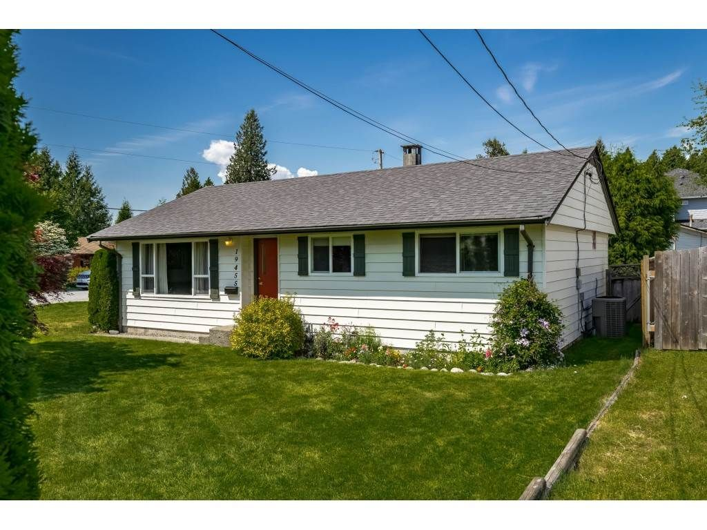 Main Photo: 19455 PARK Road in Pitt Meadows: Mid Meadows House for sale : MLS®# R2373061