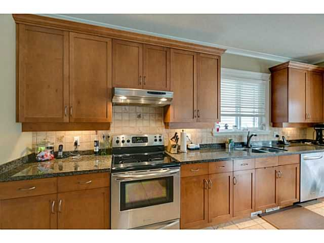 """Photo 7: Photos: 11220 BLANEY Crescent in Pitt Meadows: South Meadows House for sale in """"Bonson Landing"""" : MLS®# V1091417"""