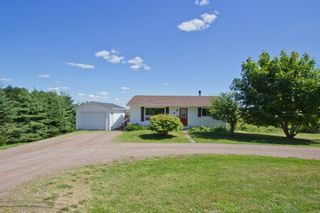 Photo 37: 107 Stanley Drive: Sackville House for sale : MLS®# M106742