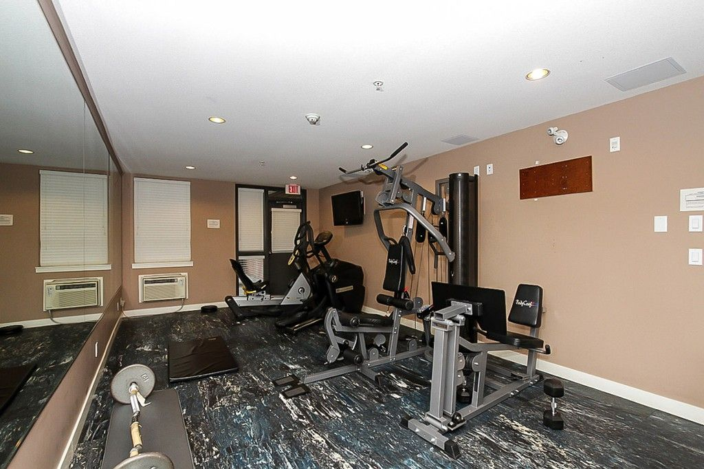 """Photo 5: Photos: 210 5430 201 Street in Langley: Langley City Condo for sale in """"THE SONNET"""" : MLS®# F1418321"""