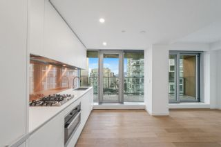 "Photo 3: 2107 1480 HOWE Street in Vancouver: Yaletown Condo for sale in ""Vancouver House"" (Vancouver West)  : MLS®# R2613089"