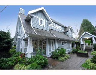 "Photo 1: 27 2688 MOUNTAIN Highway in North Vancouver: Westlynn Townhouse for sale in ""Craftsman Estates"" : MLS®# V799133"