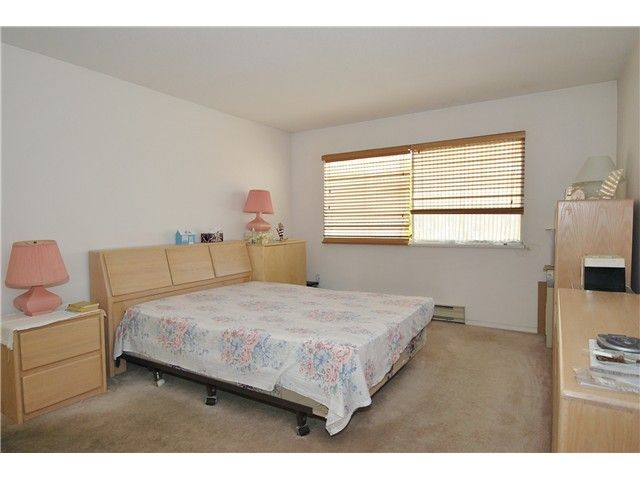 Photo 13: Photos: # 311 8300 BENNETT RD in Richmond: Brighouse South Condo for sale : MLS®# V1033281