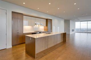 Photo 11: 5101 10360 102 Street in Edmonton: Zone 12 Condo for sale : MLS®# E4228110