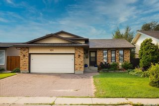 Photo 2: 231 Marcotte Way in Saskatoon: Silverwood Heights Residential for sale : MLS®# SK869682