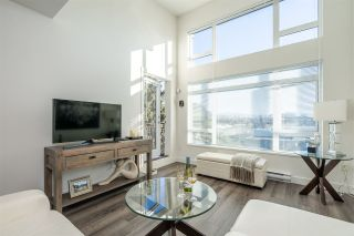 """Photo 2: 516 2525 CLARKE Street in Port Moody: Port Moody Centre Condo for sale in """"THE STRAND"""" : MLS®# R2531825"""