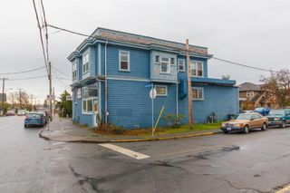 Photo 3: 361/363 E Burnside Rd in Victoria: Vi Burnside Industrial for sale : MLS®# 831381
