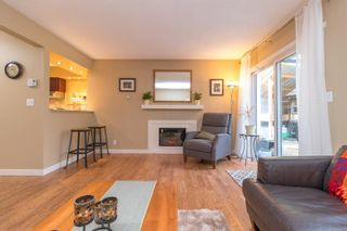 Photo 7: 40 Demos Pl in : VR Glentana House for sale (View Royal)  : MLS®# 867548