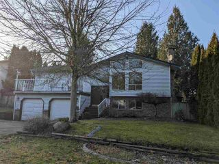 Photo 1: 3723 DAVIE STREET in Abbotsford: Abbotsford East House for sale : MLS®# R2530964