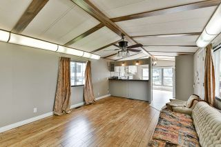 "Photo 9: 21 2035 MARTENS Street in Abbotsford: Poplar Manufactured Home for sale in ""Maplewood estates"" : MLS®# R2368618"