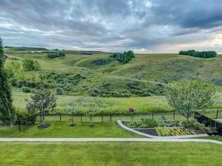 Photo 45: 194 VALLEY POINTE Way NW in Calgary: Valley Ridge Detached for sale : MLS®# A1011766