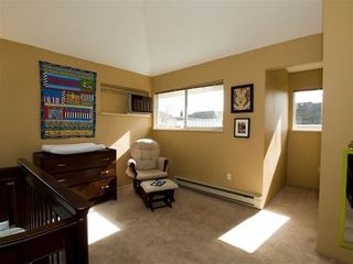Photo 7: 5 240 KEITH Road: Central Lonsdale Home for sale ()  : MLS®# V819822