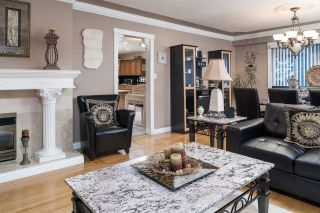 Photo 4: 1600 HOLDOM Avenue in Burnaby: Parkcrest House for sale (Burnaby North)  : MLS®# R2165020