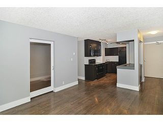 Photo 3: 201 1530 16 Avenue SW in CALGARY: Sunalta Condo for sale (Calgary)  : MLS®# C3575249