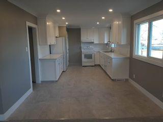 Photo 4: 7502 94 Avenue in Edmonton: Zone 18 House for sale : MLS®# E4237533