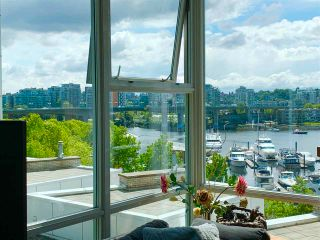 """Photo 5: 603 1099 MARINASIDE Crescent in Vancouver: Yaletown Condo for sale in """"Marinaside Resort"""" (Vancouver West)  : MLS®# R2580994"""
